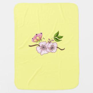 Land-rosa Schmetterlings-Blumen-Mädchens Kinderwagendecke