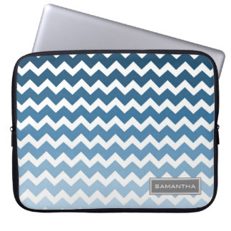 Laptop blauer Ombre Zickzack individueller Name Computer Schutzhüllen
