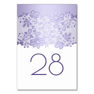 Lavendel-Blumenspitze-weiße Hochzeit