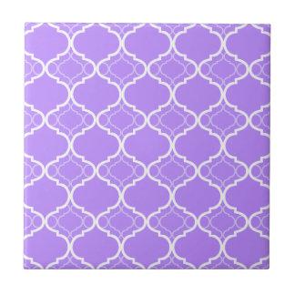 Lavendel lila Quatrefoil geometrisches Muster Kleine Quadratische Fliese