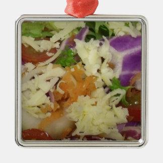 Leckerer Käse-Salat Quadratisches Silberfarbenes Ornament