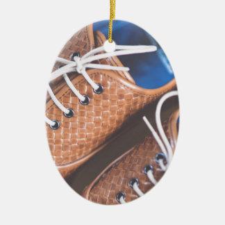 Lederne Snakeskin Brown Schuhe Keramik Ornament