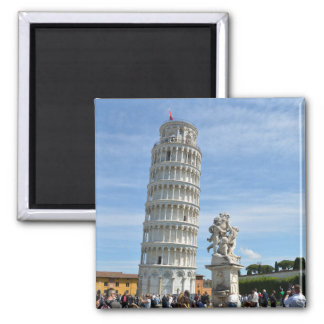 Lehnender Turm und La-Fontana dei Putti Statue, Quadratischer Magnet