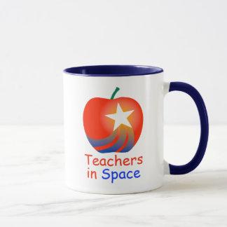 Lehrer in der Raum-Wecker-Tasse (blau) Tasse