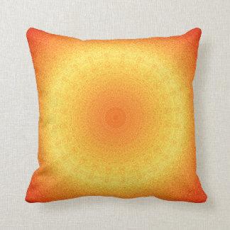 Leuchtorange-Muster Kissen
