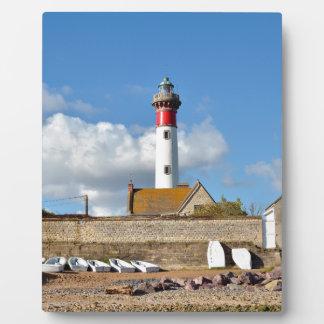 Leuchtturm und Strand von Ouistreham in Frankreich Fotoplatte