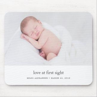 Liebe am ersten Anblick-Baby-Foto Mousepad