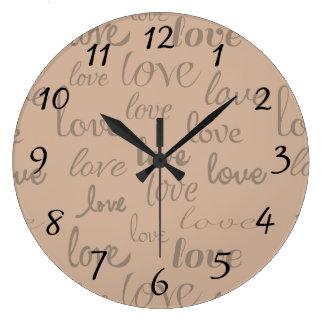 Liebe ist ganz um Wand-Uhr Wanduhren