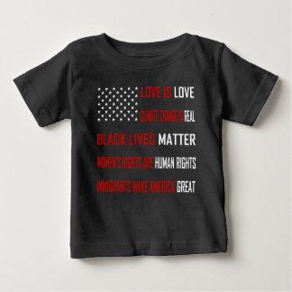 Liebe ist Liebe-Baby-dunkler Jersey-T - Shirt