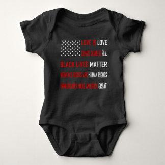 Liebe ist Liebe-dunkler Baby-Bodysuit Baby Strampler