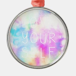 Liebe sich im Pastellregenbogen Rundes Silberfarbenes Ornament