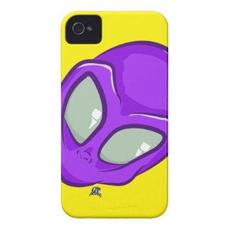 Lila alien-Marshauptniedliches UFO iPhone 4 Cover
