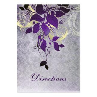 lila Blätterwinterhochzeits-Richtungskarten Visitenkarte