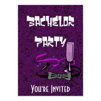 Lila Einladung des Junggesellehirsch-Party