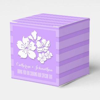 Lila Gastgeschenke Hochzeit der Kirschblüte Geschenkkarton