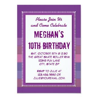 Lila gestreifte Mädchen-Geburtstags-Party Individuelle Ankündigung