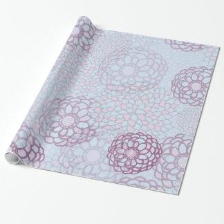 Lila und blaue Blumen-Explosion Geschenkpapier