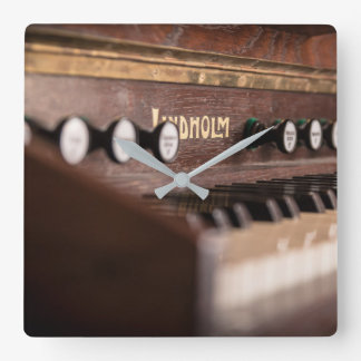 Lindholm Harmonium Wanduhr