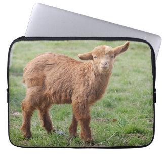Little goat - Kleine Zicke / Foto GLINEUR Computer Sleeve Schutzhüllen