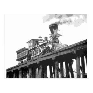 Lokomotive auf der Brücke Postkarte