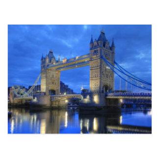 London-Brücke an der Nachtpostkarte Postkarte