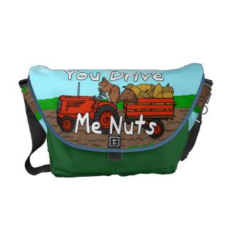 Lustig fahren Sie mich Nuts Eichhörnchen-Wortspiel Kurier Tasche