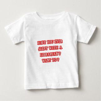 Lustige Bibliothekar-Aufnahmen-Linie Baby T-shirt