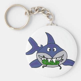 Lustiger Haifisch, der Essiggurken-Mann-Cartoon Schlüsselanhänger