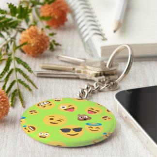 Lustiges Emoji Muster (Grün) Standard Runder Schlüsselanhänger