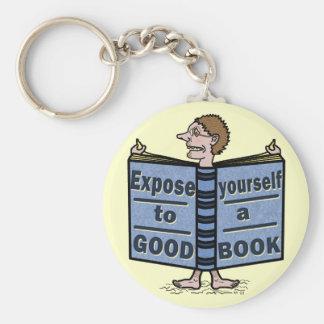 Lustiges Exposee sich zu einem guten Buch Schlüsselanhänger