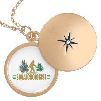 Lustiges Sasquatching, Sasquatch Jäger Medaillon