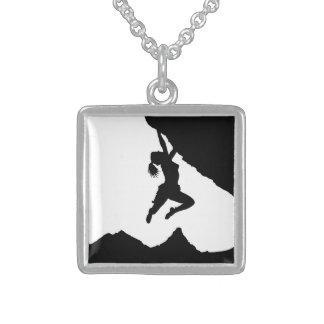 Mädchen boulderer und Matterhorn Halskette Mit Quadratischem Anhänger
