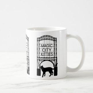Magische Stadt-Kätzchen-Tasse Kaffeetasse