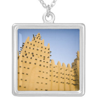 Mali, Djenne. Großartige Moschee Versilberte Kette