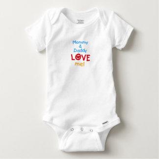Mama-und Vati-Liebe ich Baby Strampler