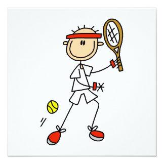 Männlicher Strichmännchen-Tennis-Spieler Quadratische 13,3 Cm Einladungskarte