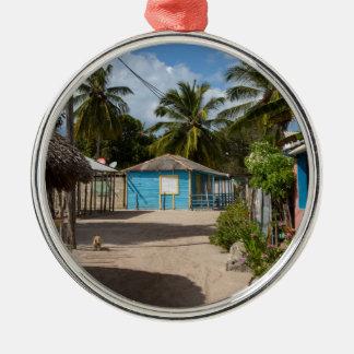 Mano Juan Dorf in Saona Domenican Republik Rundes Silberfarbenes Ornament