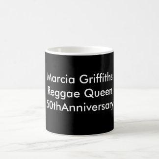 Marcia Griffiths der Jahrestag der Verwandlungstasse