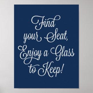 Marine finden Ihren Sitz, ein Glas zu genießen, um Poster
