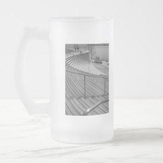 Marine-Pier-TreppeGrayscale Mattglas Bierglas