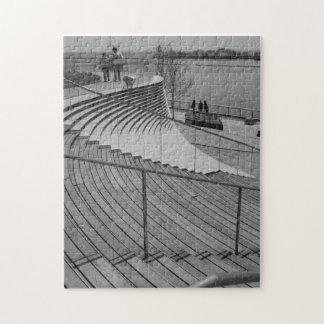 Marine-Pier-TreppeGrayscale Puzzle