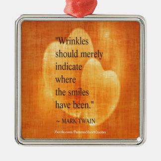 Mark Twain-Geburtstags-Zitat mit Herzen Silbernes Ornament