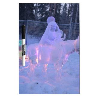 Mary-und Baby-Jesus-Nachtschnee-Winter-Skulptur Trockenlöschtafel