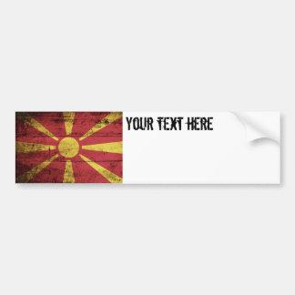 Mazedonien-Flagge auf altem hölzernem Korn Autoaufkleber