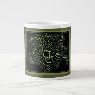Medusa-Tasse durch AncientAgesPrints Jumbo-Tasse