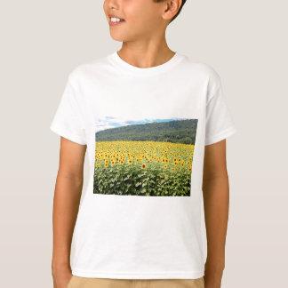 Meer der Sonnenblumen T-Shirt