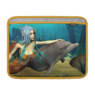 Meerjungfrau mit Delphin MacBook Sleeve