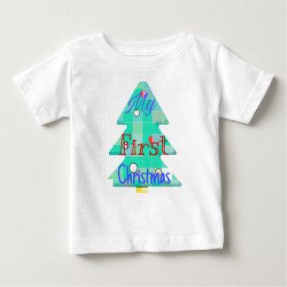 Mein erstes Weihnachten. Baumentwurf Baby T-shirt