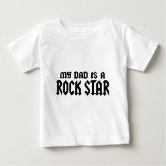 Mein Vati ist ein Rockstar Baby T-shirt