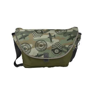 MilitärAbzeichen Kurier Taschen